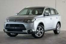 2014 Mitsubishi Outlander ZJ MY14.5 ES 4WD Silver 6 Speed Constant Variable Wagon Robina Gold Coast South Preview