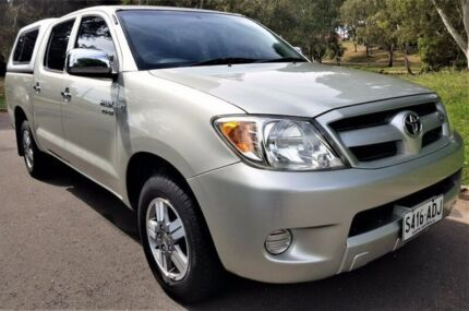 2005 Toyota Hilux GGN15R MY05 SR5 Silver 5 Speed Manual Utility