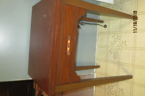 Zenith Sewing Machine and Cabinet Strathcona County Edmonton Area image 3