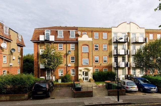 Amazing spacious Studio flat in West Ham, E15