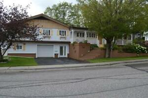 Spectacular executive home for sale in Elliot Lake