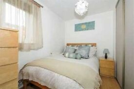 Amazing Double Bedroom Near Canada Water Area - SE85BE