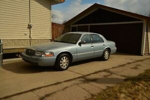 2003 Mercury Grand Marquis Ultimate Edition
