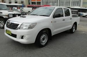 2013 Toyota Hilux KUN16R MY12 SR White 5 Speed Manual