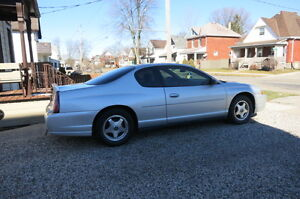 2004 Chevrolet Monte Carlo Coupe (2 door)
