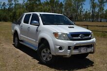 2005 Toyota Hilux KUN26R MY05 SR5 White 4 Speed Automatic Dual Cab Berserker Rockhampton City Preview