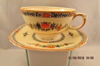 Wedgewood & Cold Somerset Tea Cup and Saucer England - Somerset Cup