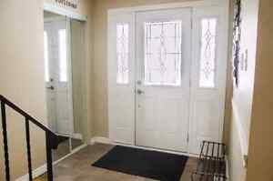 Room for rent in a beautiful detached home. Kitchener / Waterloo Kitchener Area image 2