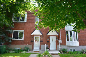 2 1/2 NDG - All electros included - Available now!