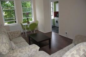 Lovely spacious one bedroom flat in London, N1