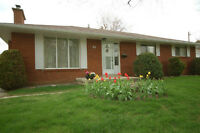 Newmarket Bungalow on Mature 1/3 Acre Lot.