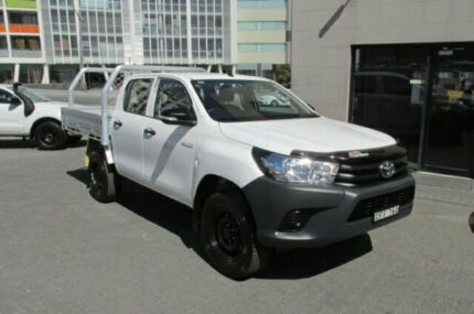 2015 Toyota Hilux GUN125R Workmate (4x4) White 6 Speed Automatic Dual Cab Utility