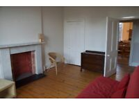 Two-bedroom flat for rent in Marchmont, Edinburgh