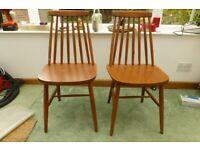 Pair kitchen chairs