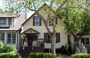 House for Rent in Crescents Neighbourhood