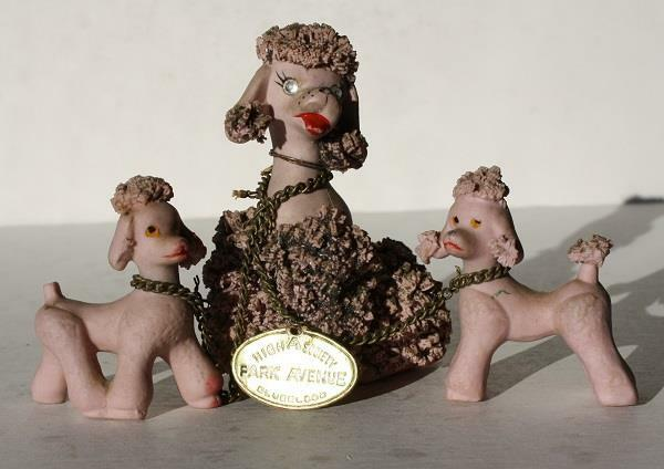Poodle Dog Figurines-3 Pink French Poodle Dogs Chained Spaghetti-Park Avenue Tag