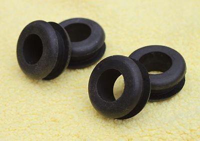 4  NEW  LIGHT MOUNTING round GROMMETS ,  PACHINKO Japan Pinball slot rubber