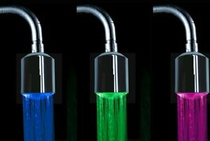 Robinet lumineux led design 3 couleurs selon chaude froide sans piles - Couleur chaude et froide ...