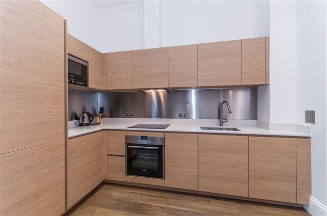 1 bedroom flat in Sterling Mansions, 75 Leman Street
