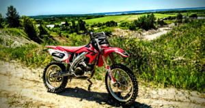 CRF 450R comme neuf!