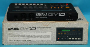 Yamaha QY10 Synthesizer Drum Machine Music Arranger