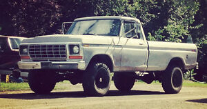 1978 Ford F-250 4x4 *PENDING SOLD*