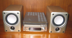Denon Bookshelf Stereo Receiver/C.D, Remote and Denon Speakers
