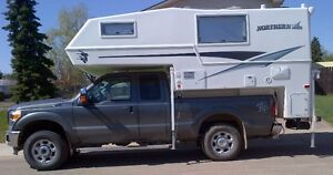 2013 Northern Lite 8-11 Q Classic Special Edition Truck Camper