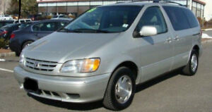 2003 Toyota Sienna XLE - Leather seats and Winter tires