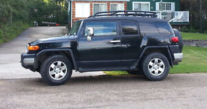 "2007 Toyota FJ Cruiser ""C"" Package SUV, Crossover"