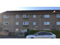 Three bedroom top floor property in Longstone area in the west of Edinburgh available 05/09/17