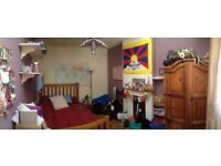 Double Bedroom in lovely Montpelier home