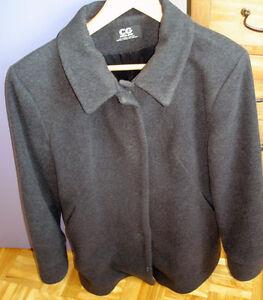 Manteau hiver de laine pour femme