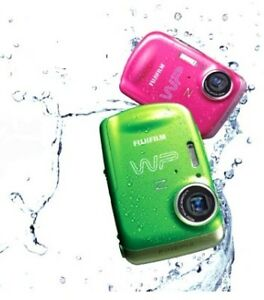"FUJIFILM Z33WP WATER PROOF 3M 10MP, 50MB memory 2.7"" LCD"