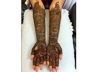 *Mobile* Bridal henna Artist available to book.