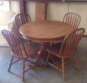 Dark brown Dining set with extension and 4 chairs