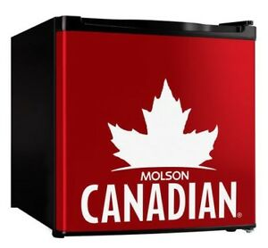MINI FRIDGE BY MOLSON CANADIAN