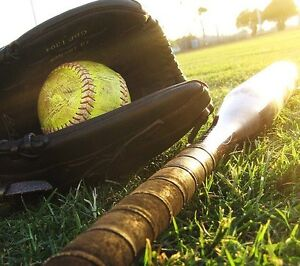 looking for players, competitive men's league slo-pitch Peterborough Peterborough Area image 1