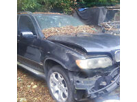 BMW X5 03 BREAKING FOR SPEAIRS