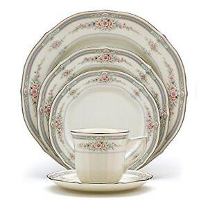 Vaisselle en porcelaine ivoire Noritake Rothschild