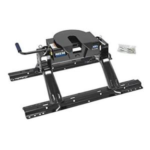 Reese 15K 5th wheel hitch. BRAND NEW!! IN BOX!!