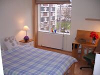 Bayswater. Sunny. Great value 1 Bed Flat. £336/week