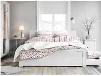 Double bed in White wood with storage drawers and mattress