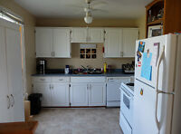 Bright 2 bedroom available October 1st!