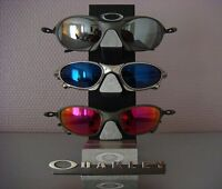 I am looking/buying OAKLEY: Juliet, Penny, X-squared or Romeo.