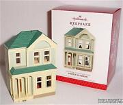 Hallmark Nostalgic Houses