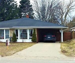 53 Palace Dr - Beautiful Move-In Ready Shipp Built Home!