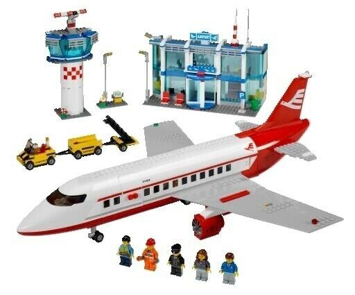 Lego City airport 3182, 2 planes, control tower, terminal ...