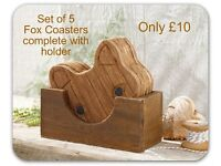 stylish set of 5 wooden fox coasters with storage box
