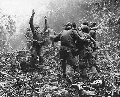 """U.S. Soldier guides a Medevac Helicopter 8""""x 10"""" Vietnam War Photo 183"""